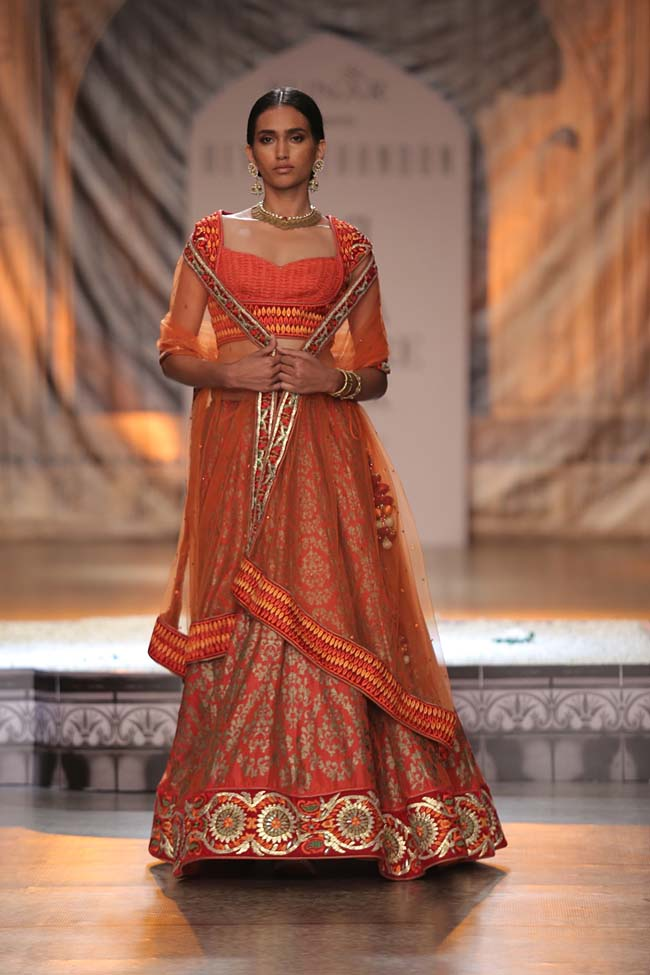 Reynu Taandon-India-Couture-Week-2016-collection-orange-embroidery-bordered-lehenga- (8)