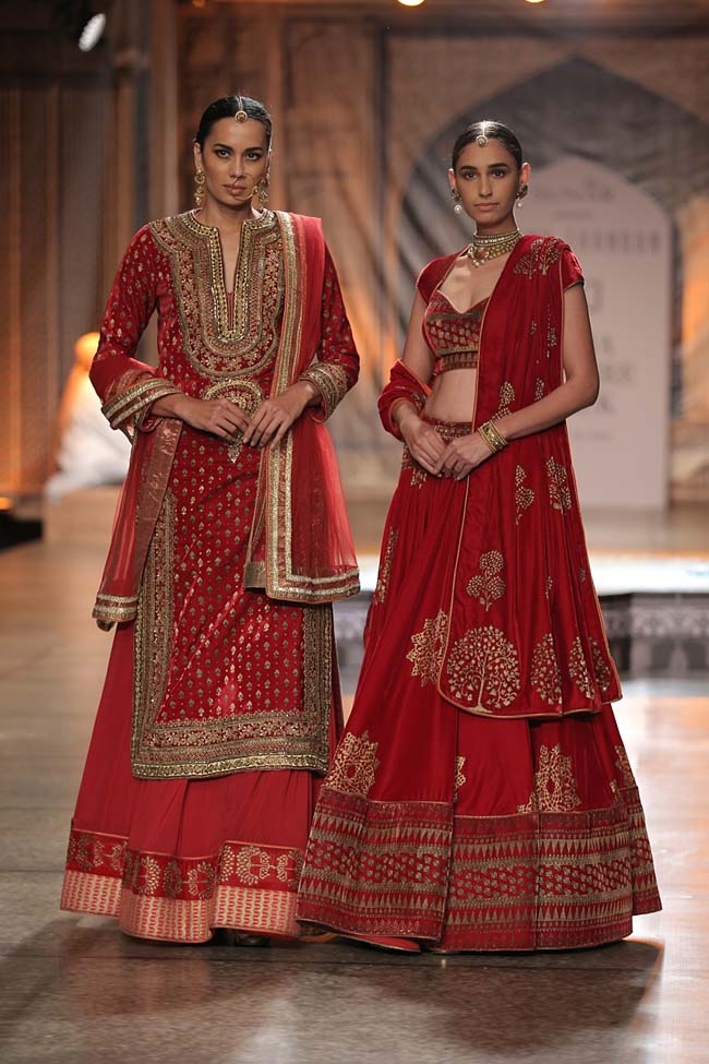 Reynu Taandon-India-Couture-Week-2016-collection-red-lehenga-red-with-golden-bordered-indo-western- (15)