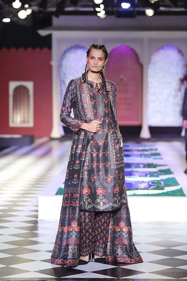 anita-dongre-designer-collection-2016-couture-dress-black-long-jacket-palazzo-floral-print- (5)