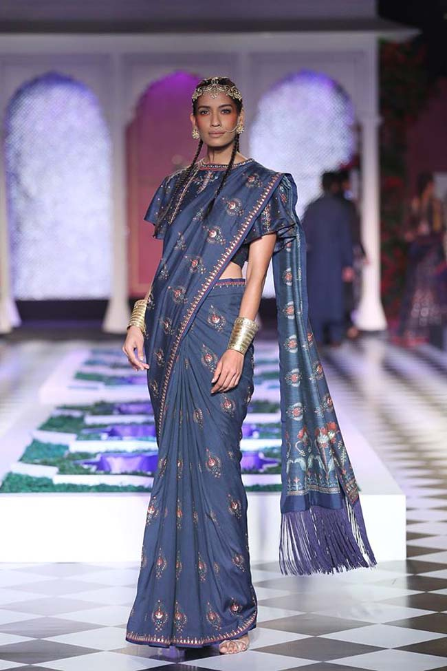 anita-dongre-designer-collection-2016-couture-dress-print-silk-saree-loose-sleeves-blouse (7)