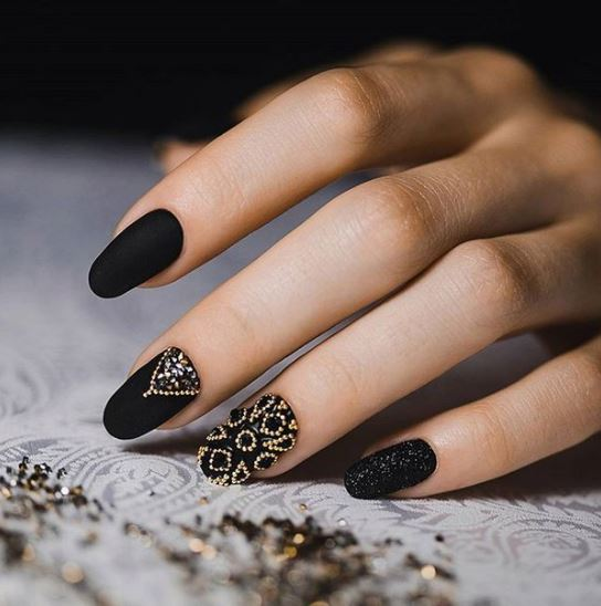 black-nail-art-designs-latest-pinterest-embellished-microbead-2016