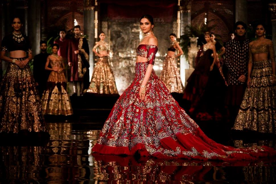 Deepika Paukone Models For Manish Malhotra Couture 2016