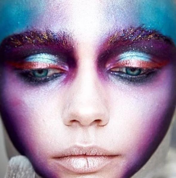 eye-shadow-blue-orange-golden-maccosmetics-mac-spotted-make-up-awards-1