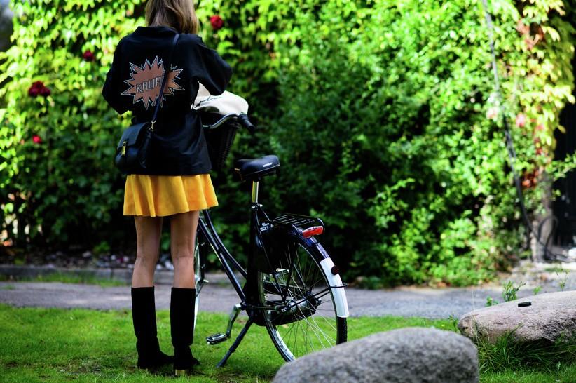 fashion-street-style-best-copenhagen-fashion-week-street-style-mini-skirt-jacket-spring-summer-2016