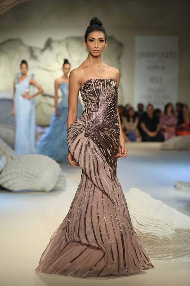 Gaurav Gupta Couture Collection 2016 At Icw16