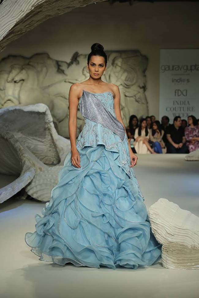 gaurav-gupta-india-couture-week-collection-2016-dress (15)-sky-blue-ruffle-gown