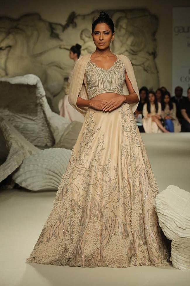 gaurav-gupta-india-couture-week-collection-2016-dress (6)-lehenga-gown-beige