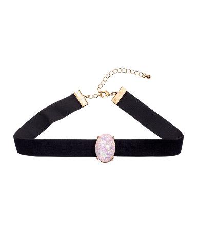 h & m-black-choker-shopping-pendant-drop-velvet-chain-how-to-advice