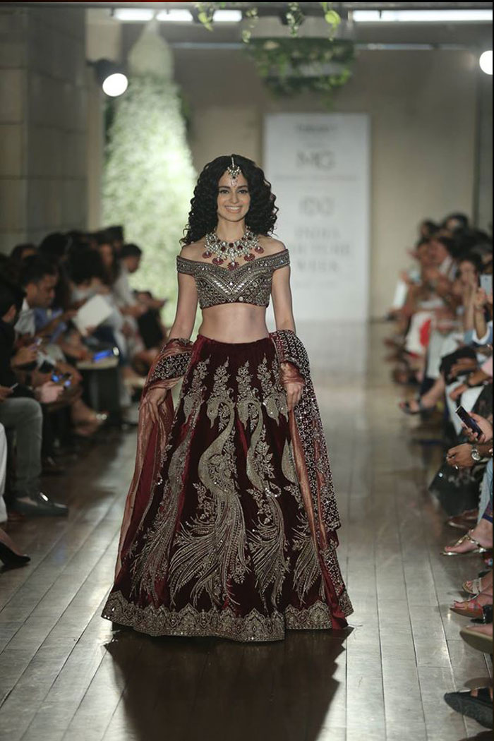 manav-gangwani-kangana-ranawt-dresses-collection-2016-indian-couture-week-icw