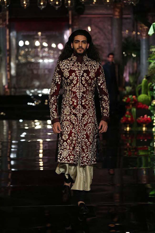 manish-malhotra-couture-collection-2016 (1)-maroon-sherwani-mens