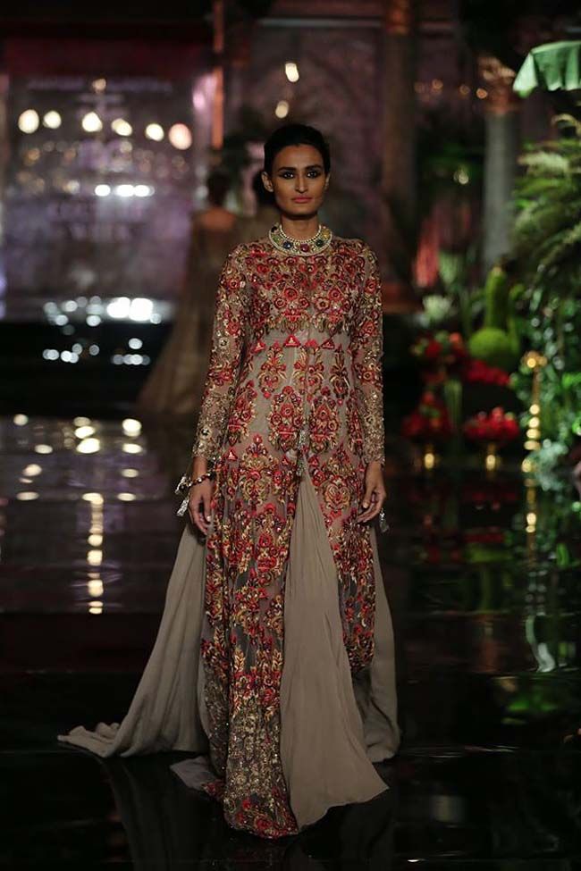 manish-malhotra-couture-collection-2016 (13)-long-suit-gown-grey-pink