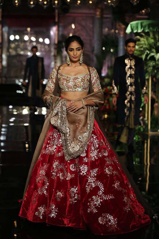manish-malhotra-couture-collection-2016 (16)-silver-red-lehenga-choli