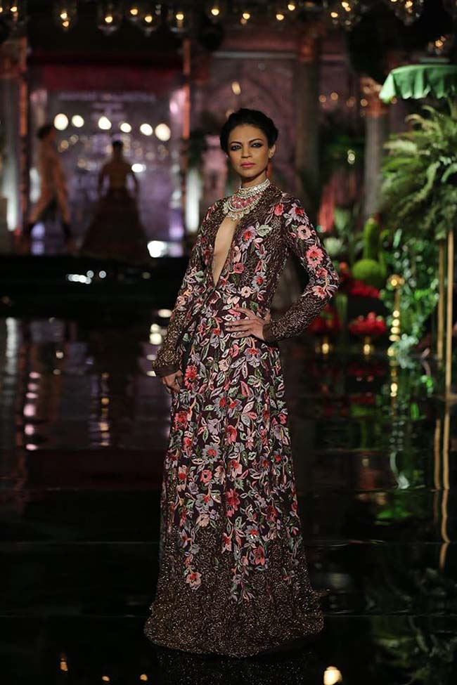 manish-malhotra-couture-collection-2016 (6)-deepika-padukone-showstopper-icw
