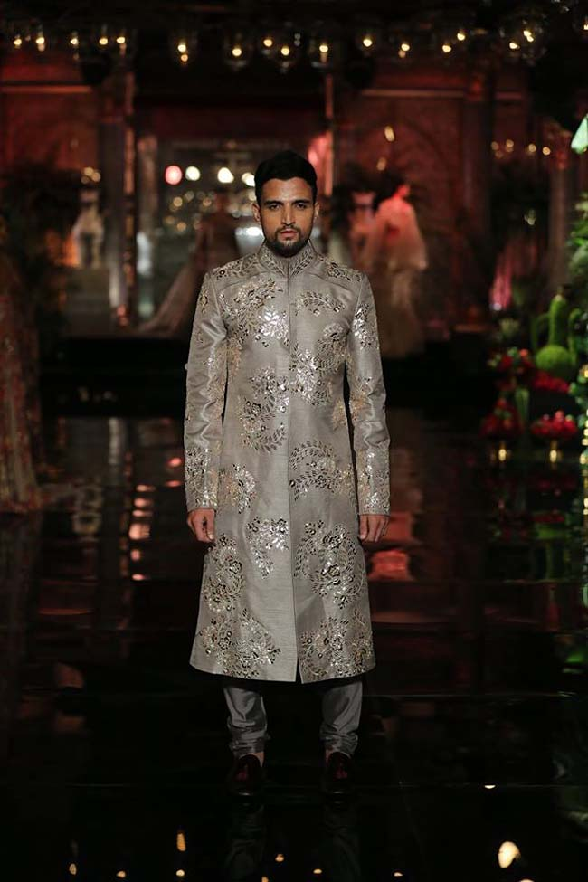 manish-malhotra-couture-collection-2016 (9)-grey-silver-wedding-sherwani-grooms