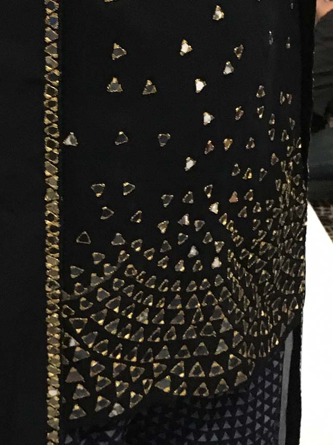 ridhi-mehra-lakme-fashion-week-winter-festive-2016-embroidery-details-sequin-work