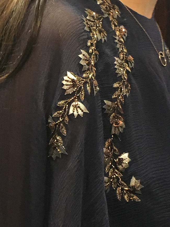 ridhi-mehra-lakme-fashion-week-winter-festive-2016-embroidery-details-sequins
