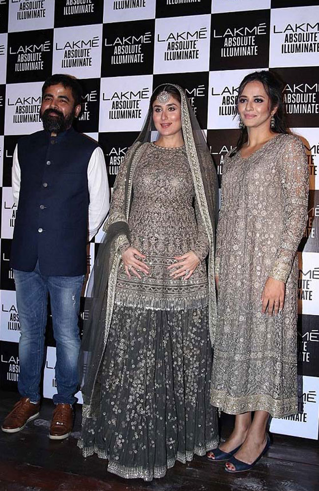 sabyasachi-kareena-kapoor-show-Lakme-fashion-week-Winter-Festive-2016