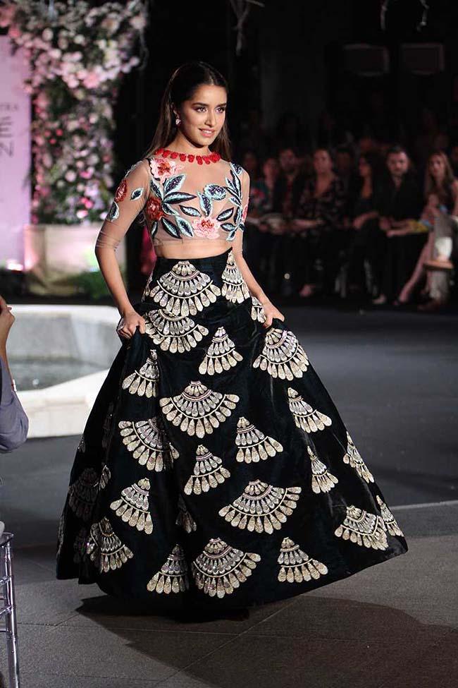 Sabyasachi lakme fashion week august 2018 Style, Beauty Fashion News, Horoscope. - MSN