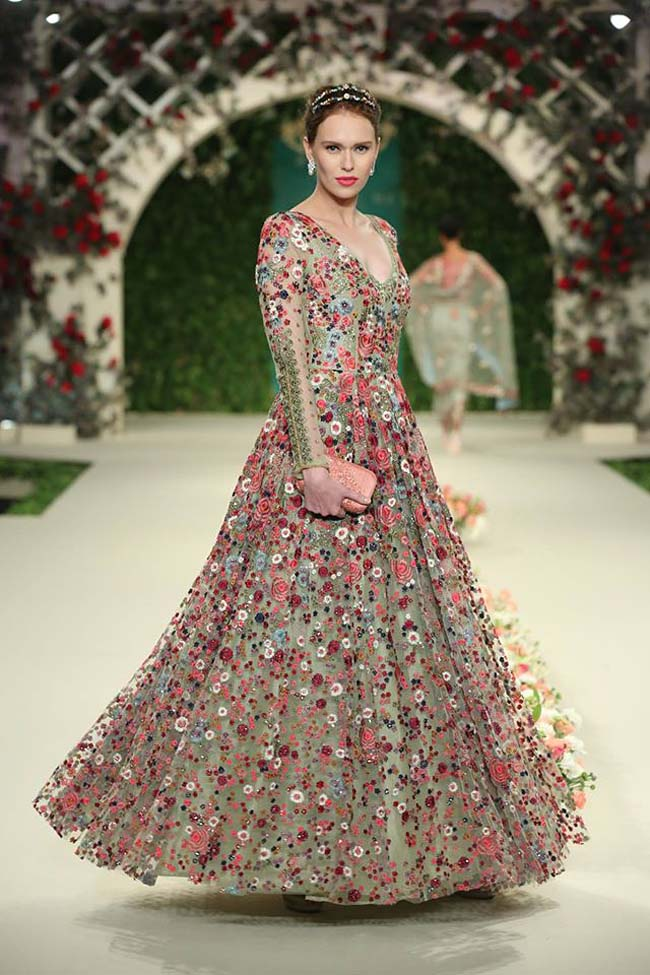 varun-bahl-India-Couture-Week-2016-collection-floral-long-gown-sheer-sleeves-(10)