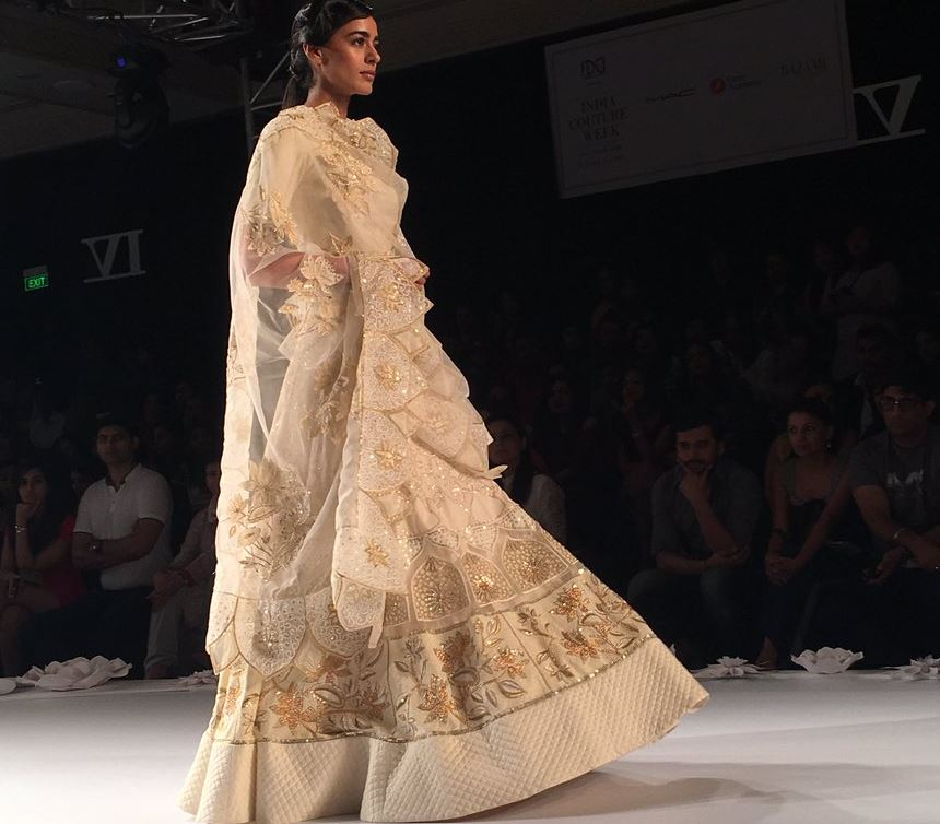 rahul-mishra-India-Couture-Week-2016-designer-collection-off-white-lehenga-floral-motifs-sheer-dupatta