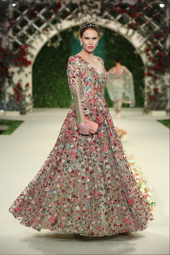 varun-bahl-designer-dresses-collection-icw16-indian-couture-week