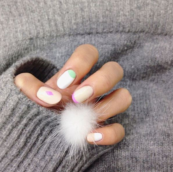 2016-faux-fur-nails-latest-nails-trend