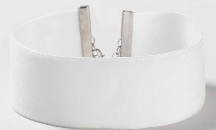thick-velvet-choker-white-online-shopping-links-ideas-latest