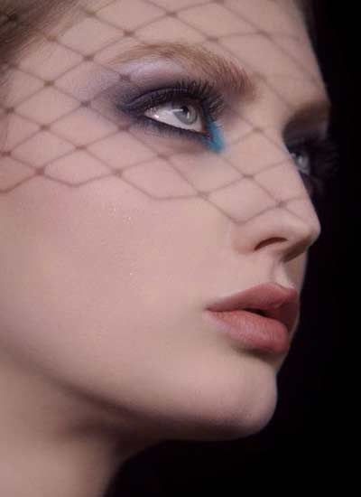 best-smokey-black-eye-makeup-blue-color-mascara-dior-fall-2016