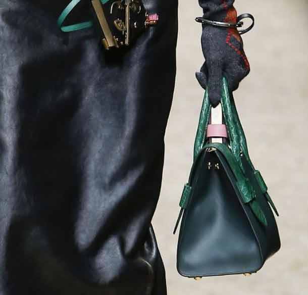 best-structured-handbag-trends-fall-winter-2016-rtw-prada