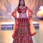 designer-reynu-taandon-kamangari-embroidered-lehenga-india-bridal-couture-2016