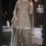 designer-sabyasachi-actress-kareena-kapoor-kurta-lehenga-lakme-fashion-week-2016