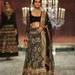 designer-tarun-tahiliani-black-color-choli-india-bridal-couture-2016