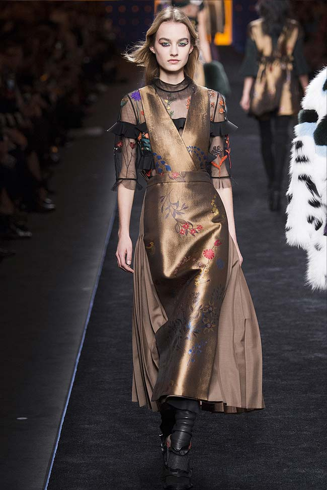 fendi-burnt-gold-metallic-dress-fw16-fall-winter-2016-latest-fashion-trends