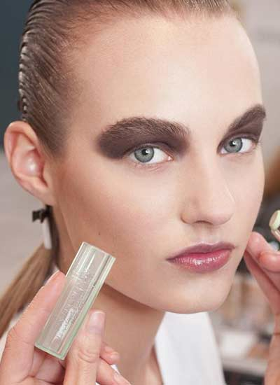 latest-black-eyeshadow-ideas-up-to-brow-dior-fall-winter-2016-2017