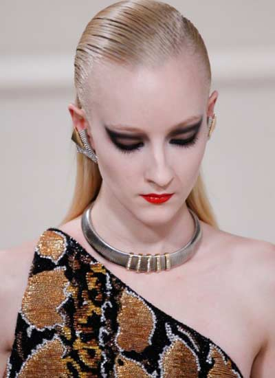 latest-eye-makeup-trend-black-winged-eyeshadow-saint-laurent-rtw-fall-2016