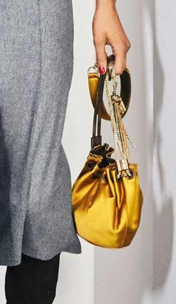 latest-handbags-diane-von-furstenberg-bucket-bag-metallic-gold-color-fall-winter-2016-2017