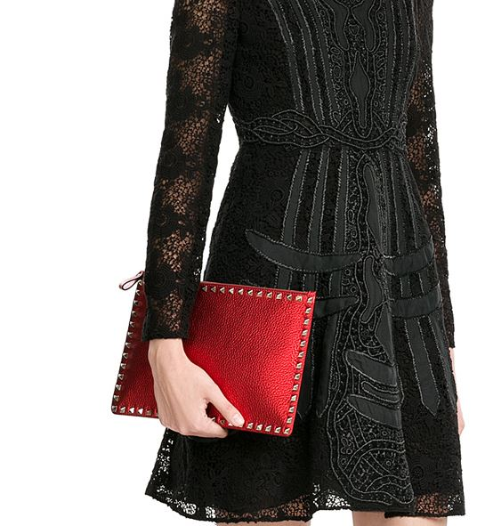 latest-handbags-valentino-large-clutch-red-fashion-fall-winter-2016