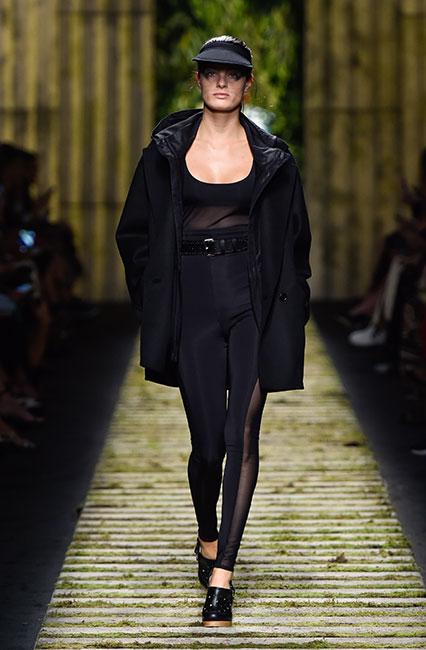max-mara-ss17-collection-spring-summer-2017-dress-15-black-sheer-top-belt-jacket