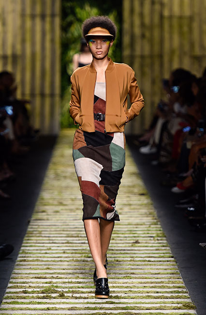 max-mara-ss17-collection-spring-summer-2017-dress-31-block-print-short-jacket-cap
