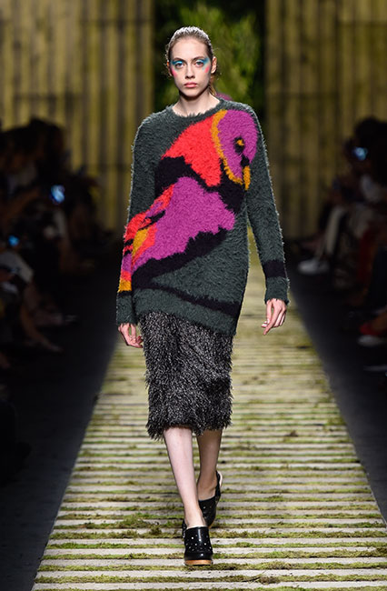 max-mara-ss17-collection-spring-summer-2017-dress-39-multi-colored-fur-top