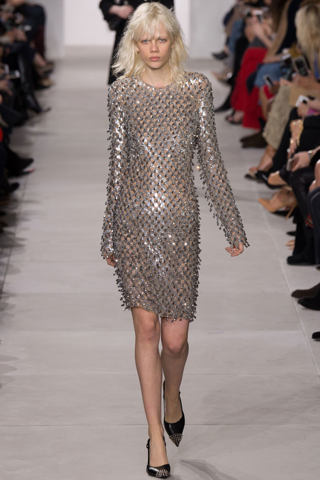michael-kors-fall-winter-2016-collection-runway-silver-metallic-dress-sheath