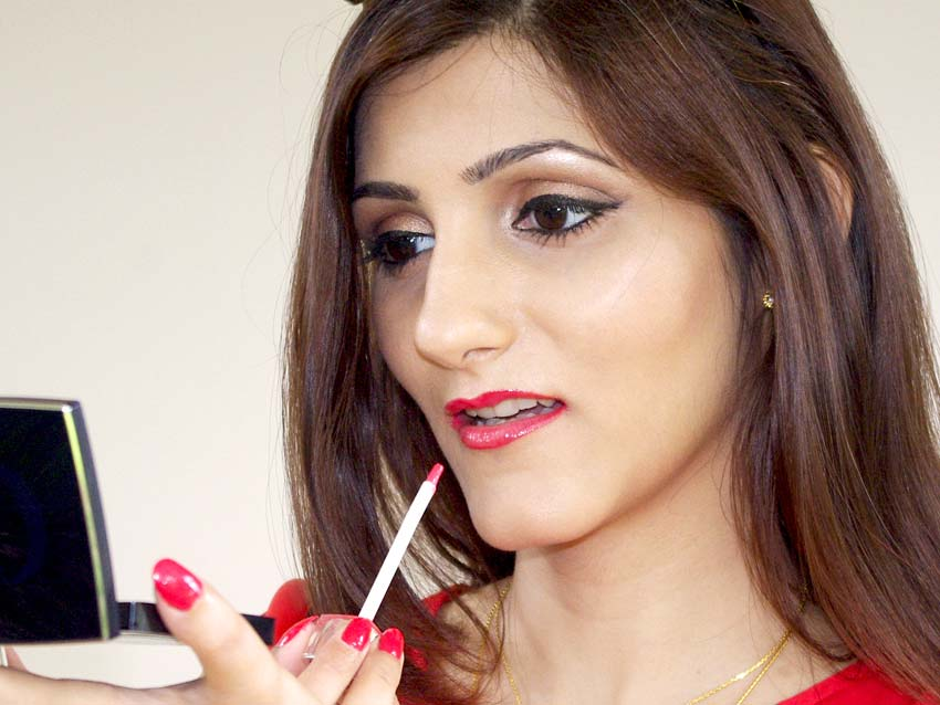 shilpa-ahuja-fashion-red-lipstick-party-makeup