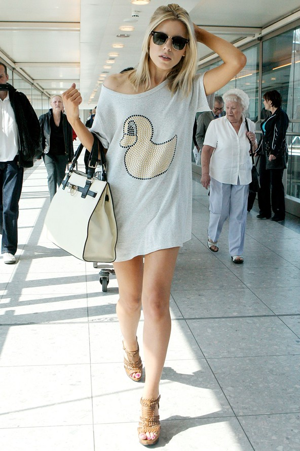 tee-dress-nude-heelsstyle-clothing
