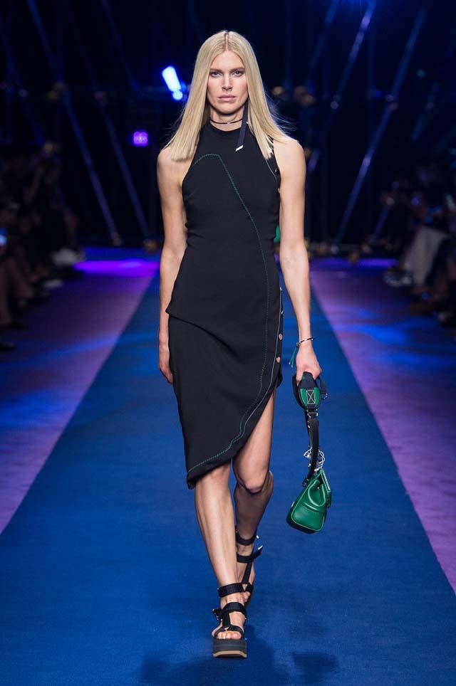 versace-ss17-spring-summer-2017-collection-dress-11-green-hand-bag
