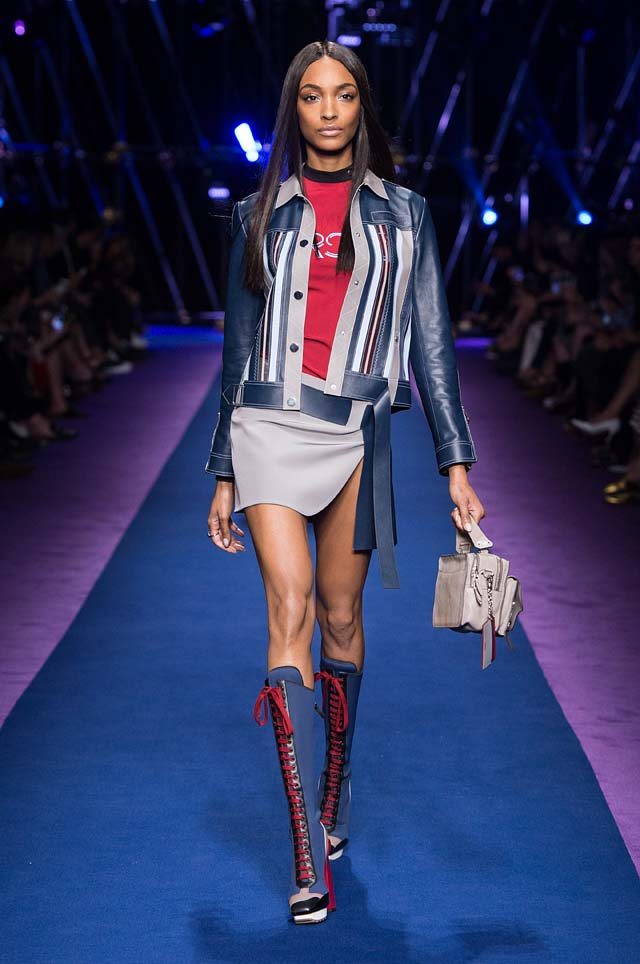 versace-ss17-spring-summer-2017-collection-dress-32-jacket-minis-belt-box-bag-lace-booties