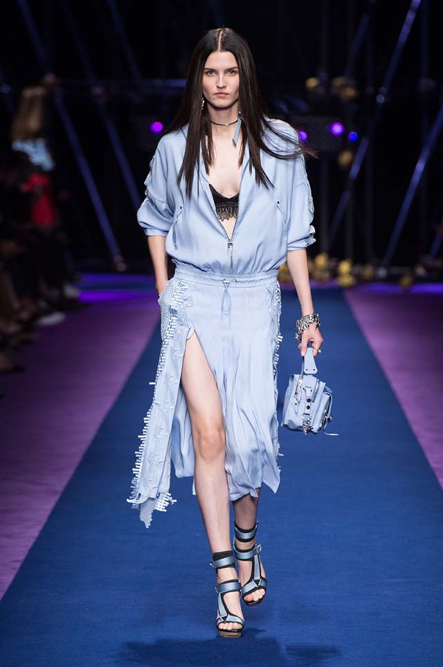 versace-ss17-spring-summer-2017-collection-dress-41-zipped-slit-loose-top-handbag