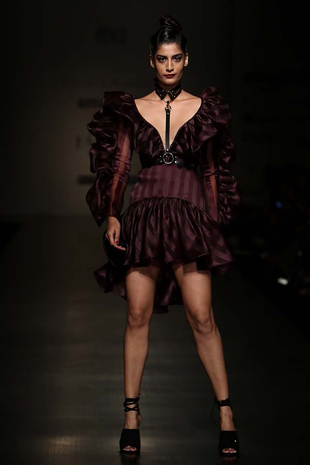 gauri-nainika-latest-fashion-show-amazon-india-week-2017-1-ruffle-dress-deep-brown