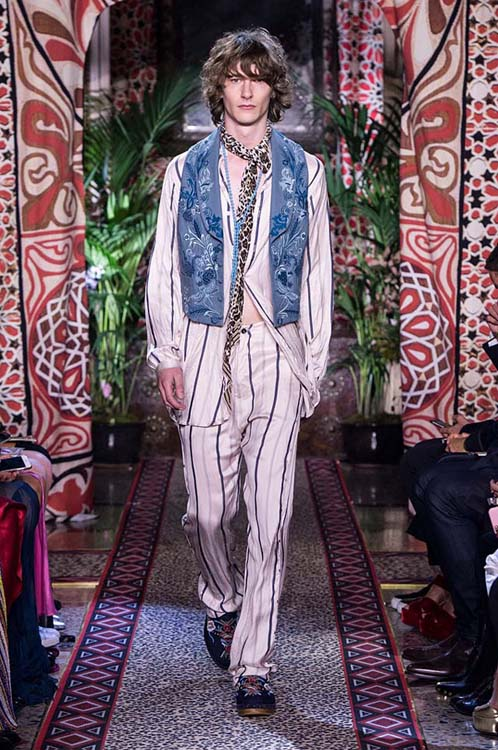 roberto-cavalli-spring-summer-2017-ss17-rtw-dress-24-striped-suit-denim-jacket-printed-scarf