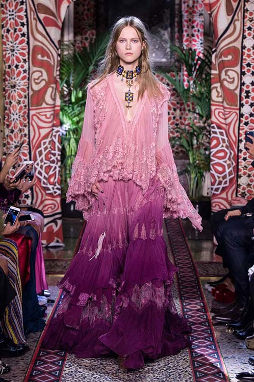 roberto-cavalli-spring-summer-2017-ss17-rtw-dress-34-poncho-top-violet-long-skirt-embellished-choker