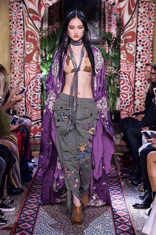 roberto-cavalli-spring-summer-2017-ss17-rtw-dress-37-bralette-grey-embroidered-pants-violet-long-jacket